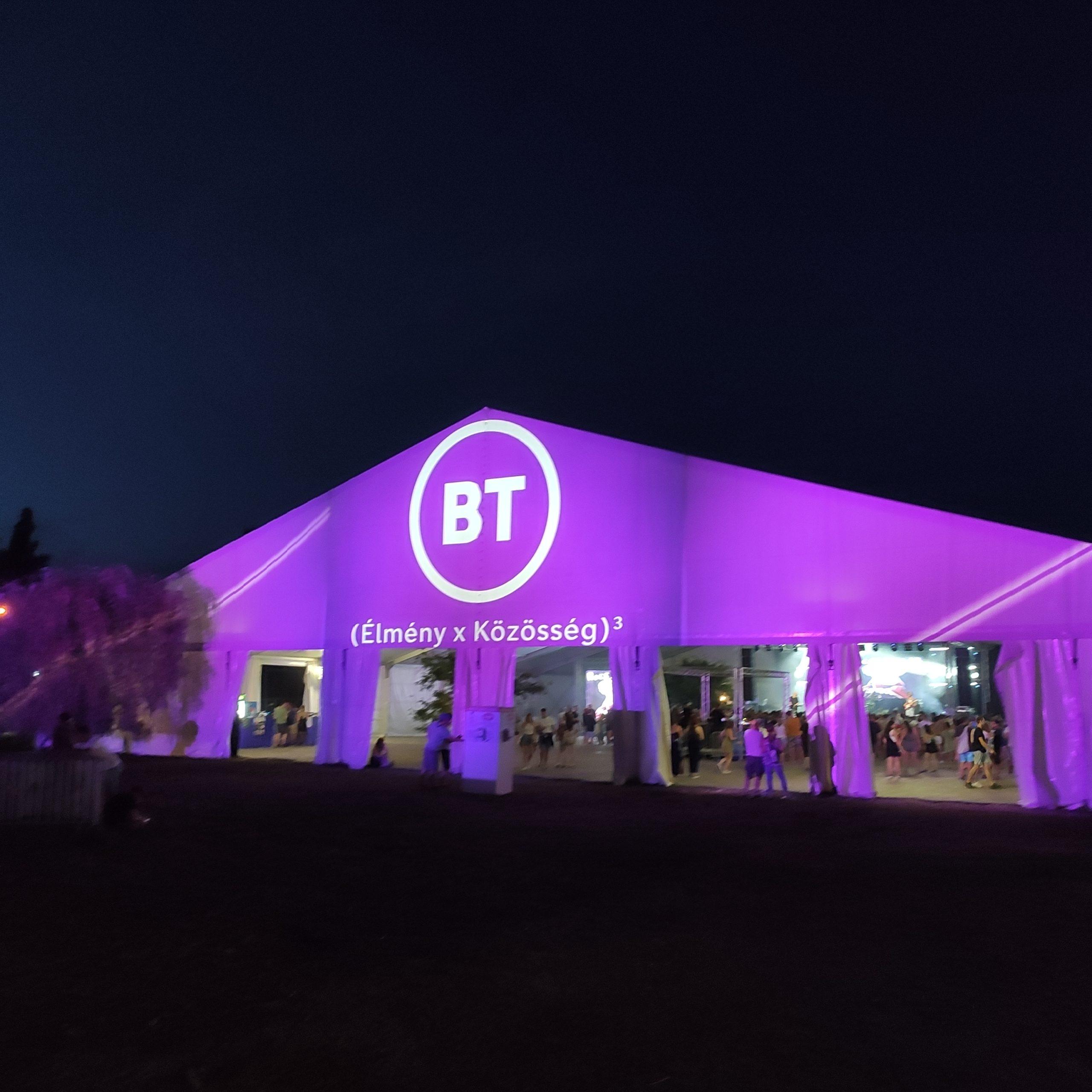 BT fesztivál installáció és kommunikáció